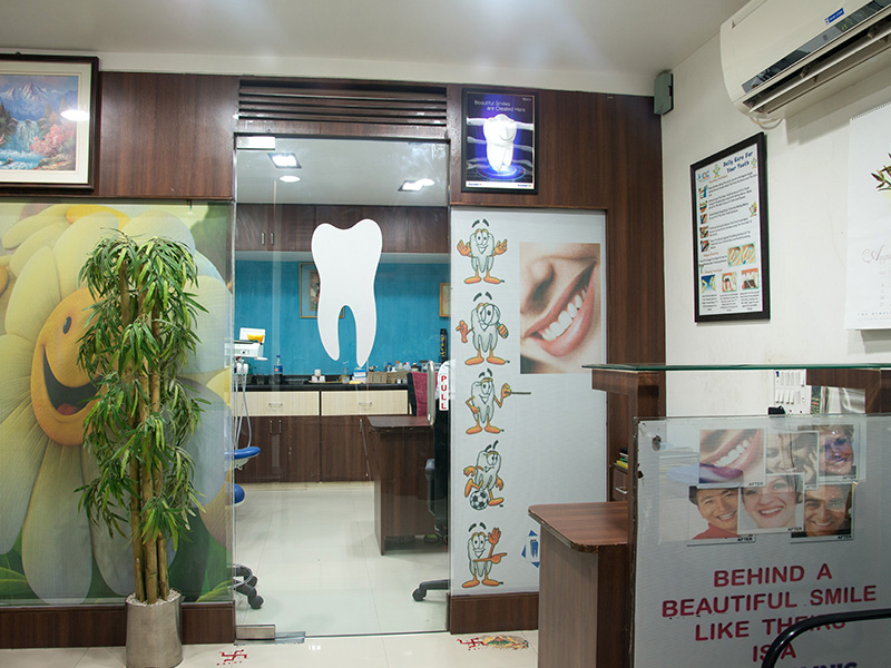dental implants in Bhadran