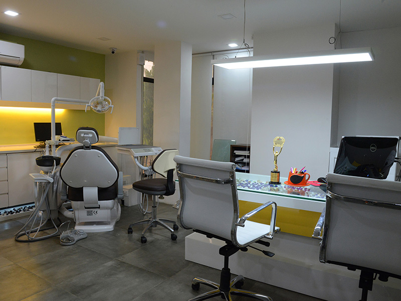 Dental care clinic in Vadodara
